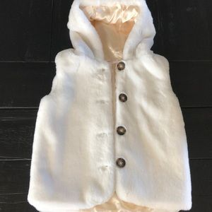 Hanna Andersson NEW faux fur hooded vest